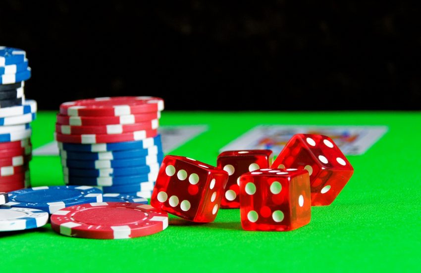 The Easy Casino That Wins Clients